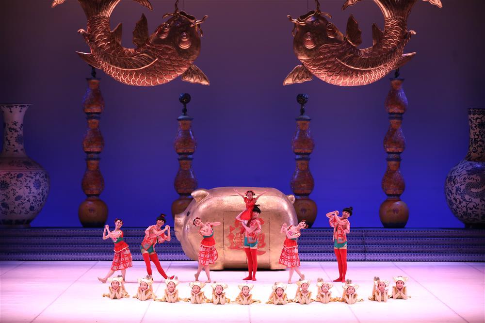 芭蕾舞剧《过年》-中国版《胡桃夹子》深受西方认可