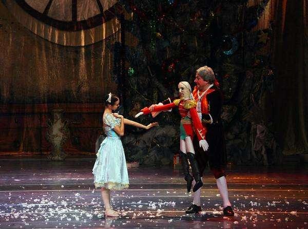 芭蕾舞剧《胡桃夹子》为何一直经久不衰?又有哪些版本
