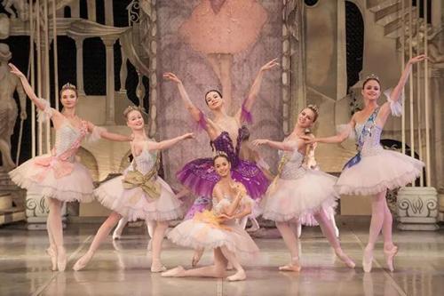 古典芭蕾的风格特点有哪些?