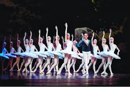 三场高规格芭蕾舞剧先后在琴台大剧院上演
