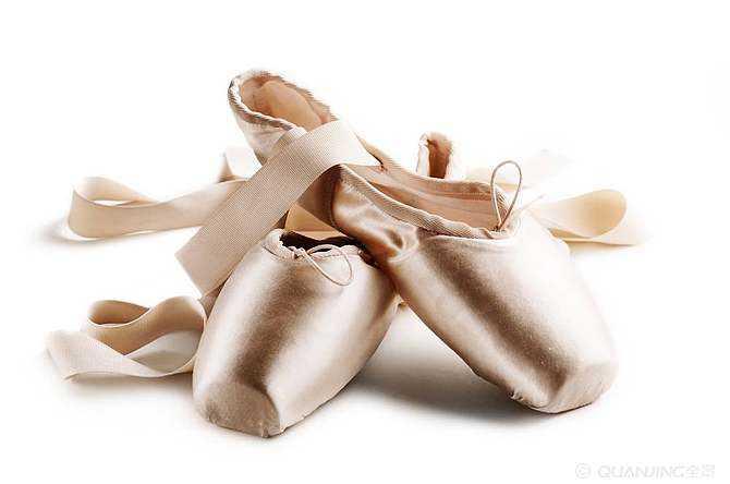 芭蕾舞培训或演出前如何避免因芭蕾舞鞋而发生的那些尴尬事
